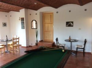Společenská místnost u domu č.35